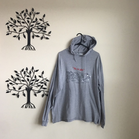 4c98a0b3a ... Vintage 90s Hooded Sweatshirt. M 5aa0562b8290aff0423ffd5a